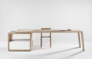 Younic tafel table mère Hélène