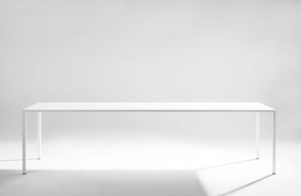 table margareta blanche vue de face