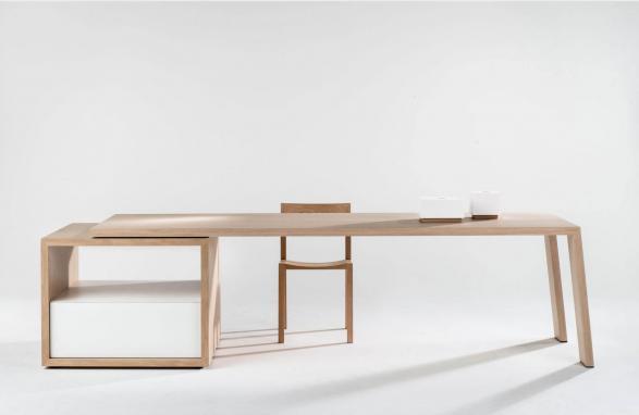 table Mère Hélène wood front view
