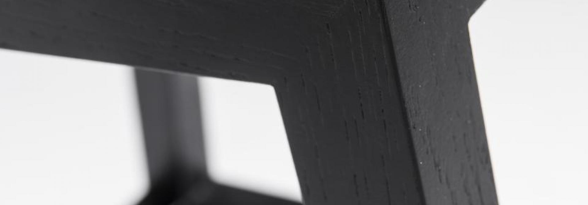 stool Pio black corner