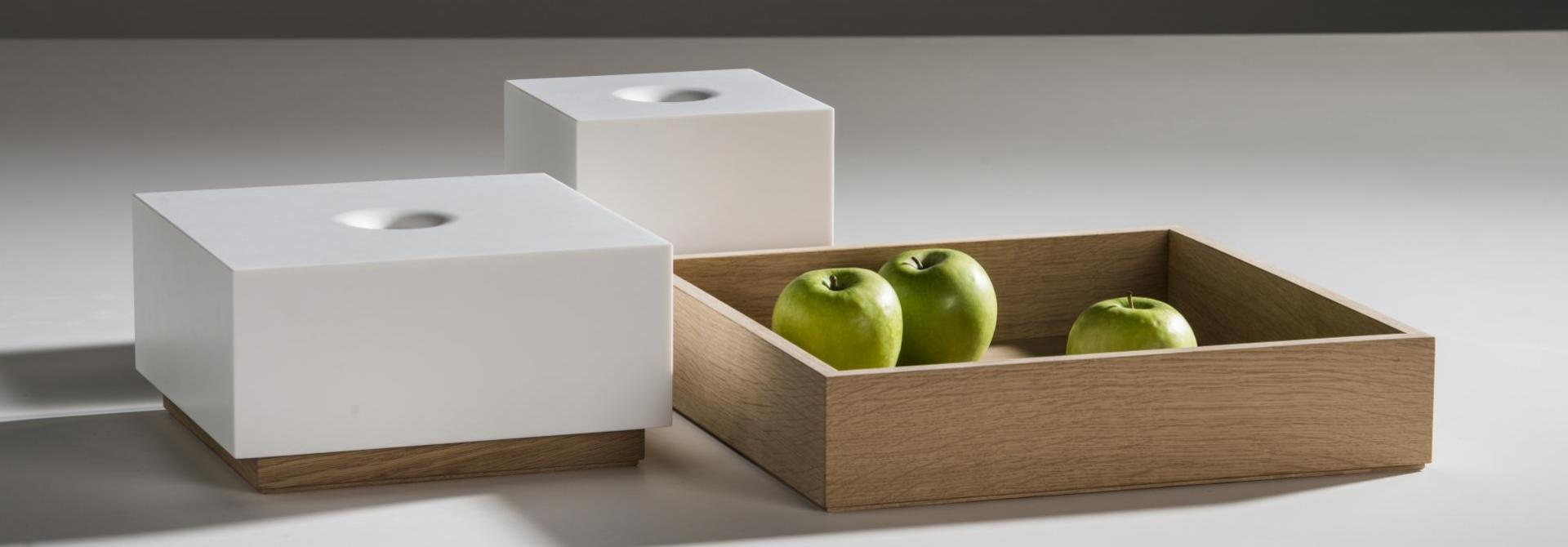 Box Black hole white en wood storage box front view