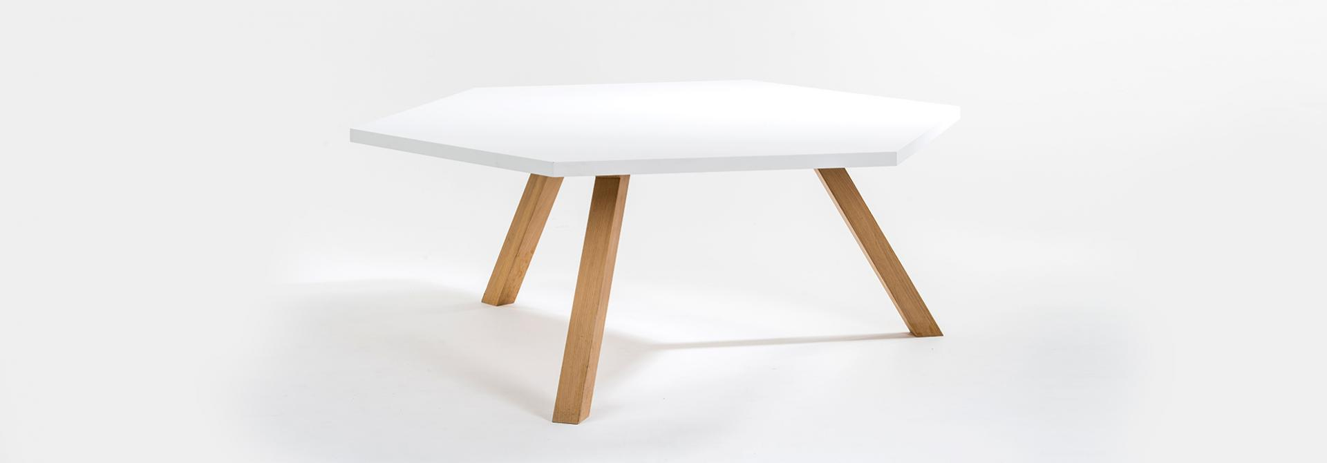 table hex white with wood table legs front view